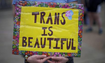Trans people must have fair healthcare treatment, Royal College of Psychiatrists says